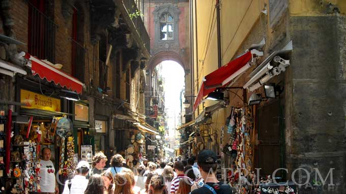 You will visit the most charming parts of Naples led by our local guide that speaks great English