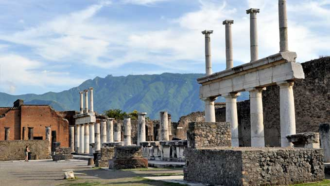Explore the original paved streets, the forum and all the main sites of Pompeii