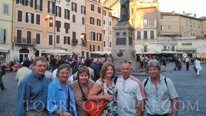Discover Campo de' Fiori area, one of Rome's most lively and traditional districts