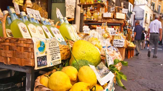 Visit the local markets to taste and know more about Sorrento's seasonal fruits and vegetables
