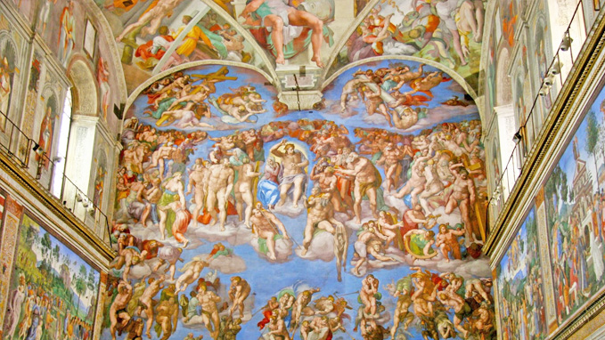 The tour includes the visit to the Sistine Chapel and Michelangelo's frescoes